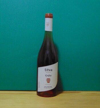 Silva Daskalaki rose wine Grifos